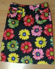 Andrea Viccaro skirt size 10 black flowers mini front pockets above or at knee