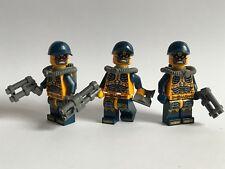 genuine LEGO parts - 3 FANTASY PARA-DEMONS + GUNS - SOLDIERS BLUE HAT