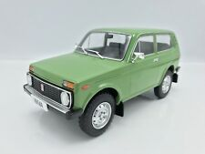 Lada Niva 1976 - grün  - 1:18 MCG   >>NEW<<