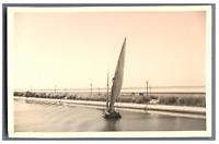 Egypte, Bateaux sur le Canal de Suez  Vintage silver print.   Tirage argenti
