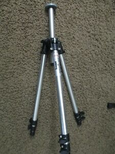 Bogen Manfrotto 3001 Tripod Aluminum Used Condition Supports 11.1 lbs USED