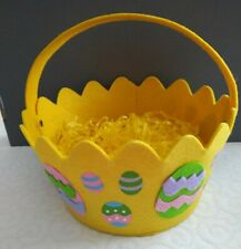 Felt easter Basket With Yellow Shredded Paper