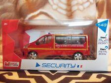 Miniatura Renault Trafic Gendarmería Nacional 1/43 Mondo Motors