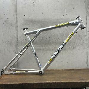 GT Avalanche Frame Set 18 in 20 in Vintage MTB Alloy Silver Triple Triangle 135