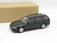 Schuco SB 1/43 - Vauxhall Omega Caravana Verde