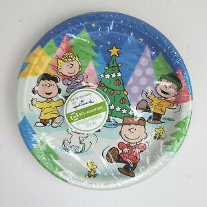 "8 Hallmark Peanuts Christmas Paper Plates Snoopy Charlie Brown Woodstock 8-3/4"""