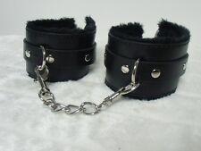 Menottes bracelets noires simili faux cuir fourrées fourrure noire chaine SEXY !