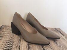 Clarks Shoes UK 6 EU 39 Stone Beige Leather Court Shoes Block Unusual Heel Work