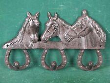 Garderobe Hakenleiste mit 3 Pferdeköpfe 3 Garderobenhaken und 3 Hufeisen