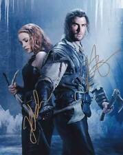 The Huntsman In-Person AUTHENTIC Autographed Cast Photo COA SHA #41080