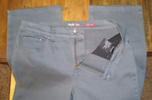 Women's   Style & Co Easy Fit  Jeans  gray  Size 10  short