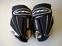 """VIC HG280 14"""" Protech Thumb Hockey Gloves, Vintage, Very Good Condition"""