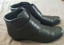BARE TRAPS Paris Ankle Boots Genuine leather Black Wide Wedge Size 9   2