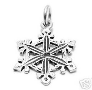 925 Sterling Silver Lovely Winter Snowflake Charm