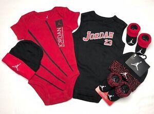 AIR JORDAN Infant BOYS 6-pc Gift set Bodysuits/Rompers, Booties & Cap 0-6 Months