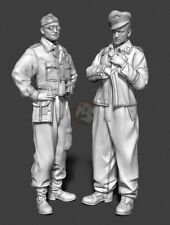 Panzer Art 1/35 Waffen-SS Tank Officers in Camouflage Coveralls Kursk FI35-083