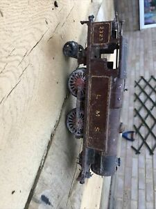 HORNBY  CLOCKWORK TINPLATE LOCO  Spares and repairs