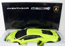 Artículos de automodelismo y aeromodelismo AUTOart color principal verde Lamborghini