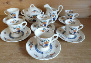 14 Piece Coffee Set Cups/Saucers - Wedgwood of Etruria & Barlaston Chinese Teal