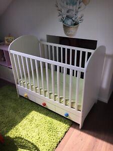 Babybett Gonatt 70x140 cm gebraucht mit Matratze