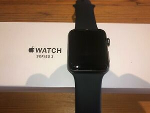Apple Watch Series 3 42mm - Space Grey