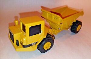 """Vintage ERTL Caterpillar Cat D250 Articulated Dump Truck 5.25"""" Diecast"""