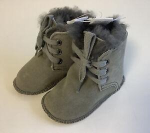 Baby Lammfellstiefel Stiefel Boots Lammfell Veloursleder GRAU Gr. 18/19  B1++