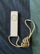 Apple iPod Shuffle 1st Generation 512MB White A1112 - USED