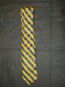 Green Bay Packers NFL Striped Woven Polyester Neck Tie (C50)