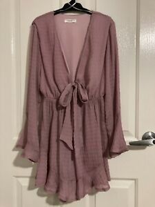 DISSH LADIES SOFT PINK FRILLY PLAYSUIT LONG FLARED SLEEVES TIE UP BUST SIZE 8