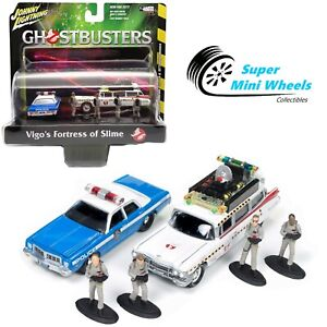Johnny Lighting 1:64 DIORAMA GHOSTBUSTERS ECTO 1A & DODGE MONACO WITH FIGURES