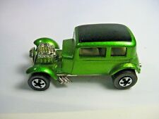 Vintage Series Hot Wheels '32 Ford Vicky - metallic green