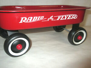 Small Radio Flyer Red Doll Pull Wagon 12x7