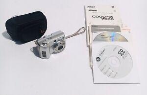 Nikon COOLPIX 7600 7.1MP 3x Zoom Digital Camera w/ case - Silver