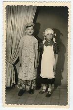 PHOTO ANCIENNE - ENFANT DÉGUISEMENT MÉNAGÈRE FILLE-GIRL FASHION-Vintage Snapshot