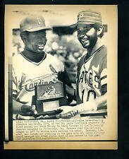 Lou Brock Trophy presented to Frank Taveras 1978 Press Photo Cardinals Pirates