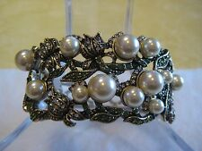 """HEIDI DAUS """"Lovely Lily Of The Valley"""" Simulated Pearl M/L Bangle (Orig.$179.95)"""