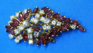 Estate 14K Yellow Gold with Rubies and Diamonds Cluster Pin or Brooch