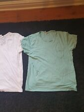 Mens t shirts 2 pack size XL very decent condition and great value.