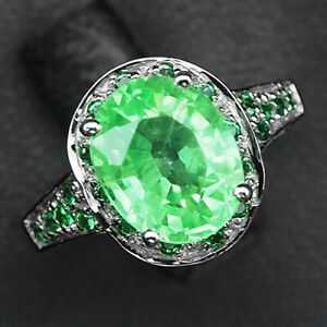 Emerald Green Oval 4.20 Ct.Garnet 925 Sterling Silver Ring Size 6.5 Gift Jewelry