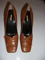 Women's MAXSTUDIO Brown Pumps SIZE 10 (Brand New)