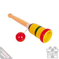 Tasse et balle de jeu. vintage enfants jouet fun nostalgie idée cadeau