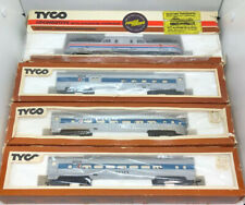 Tyco 905 Amtrack Eng Ho Scale Model Train 521-N Coach 522-N Observation Combine