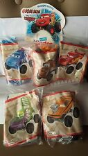 KINDER FERRERO MAXI SURPRISE GRAN SORPRESA SERIE DISNEY PIXAR CARS OVP + CARTINE