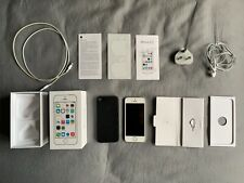 Apple iPhone 5s - 32GB - Silver / White (Unlocked) boxed.