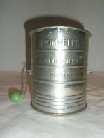Vintage BROMWELL'S Metal Sifter Three Cups
