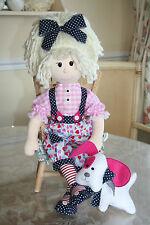 """Muñeca de trapo patrón de costura """"Molly Mop Top"""" y su pequeño perro Pippin"""