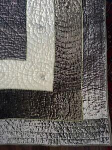 Britannica Home Fashions Hand Stitch Cotton Blend Velvet Queen Quilted Coverlet.