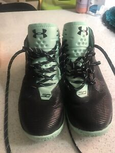 Under Armour Mens Running Shoes 👟 UK 6