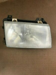 Headlight Assembly Right Saab 9000 9122680    BT